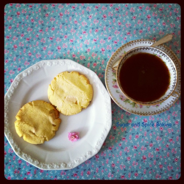 Custard and white chocolate biscuits 2013